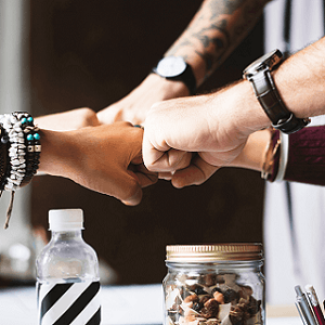 4 Great Company Culture Examples to Learn From image