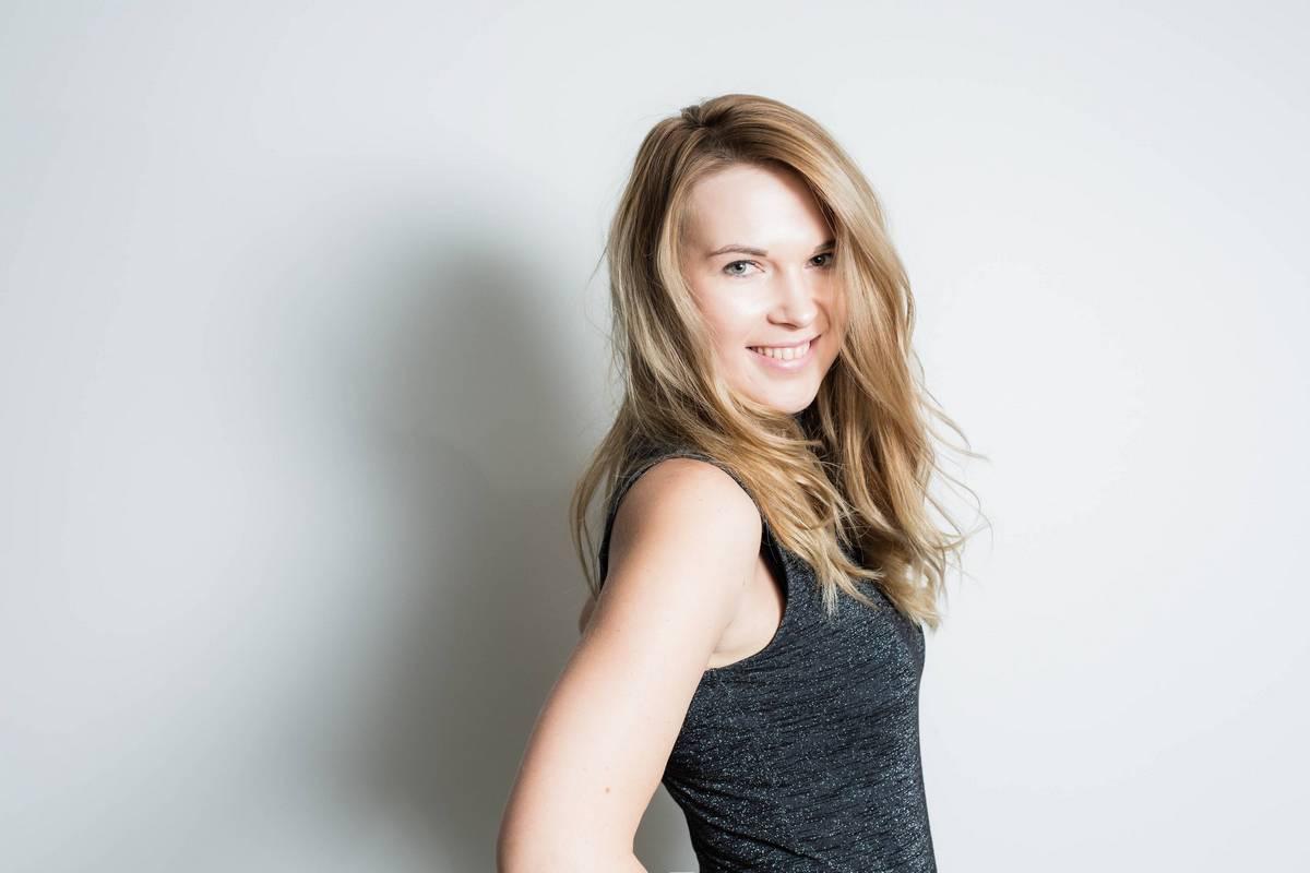 Photo of Annika Helendi